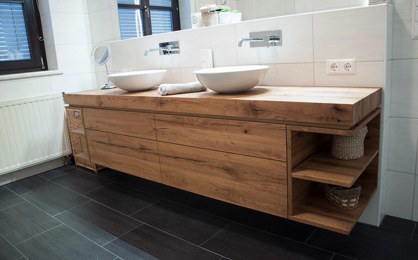 Badezimmer Unterschrank Waschbecken aus Massivholz vom Tischler